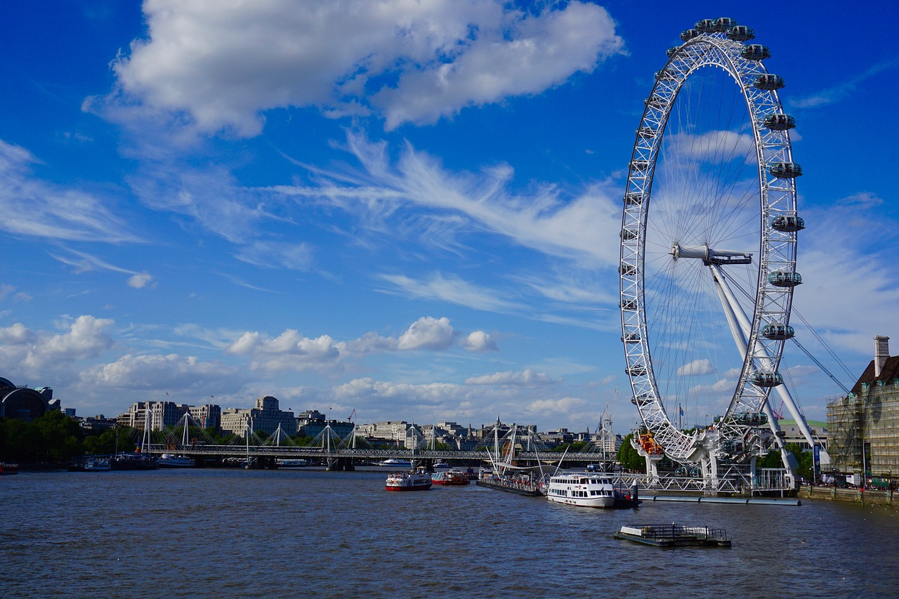 London chauffeur sight-seeing tour